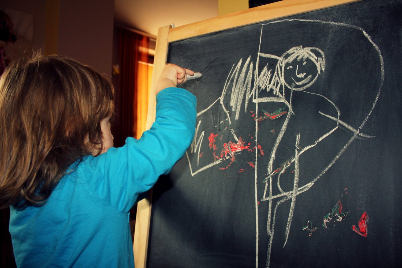 Jak dětem vědomě pomoct k uzdravení? Zkuste kreslit!